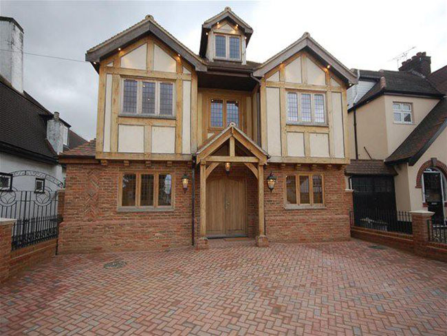 High specification 5 bedroom new build in Romford.
